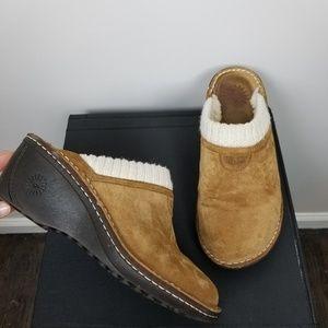 UGG Gael wedge clog slipper